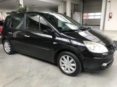 Renault-Scénic-9