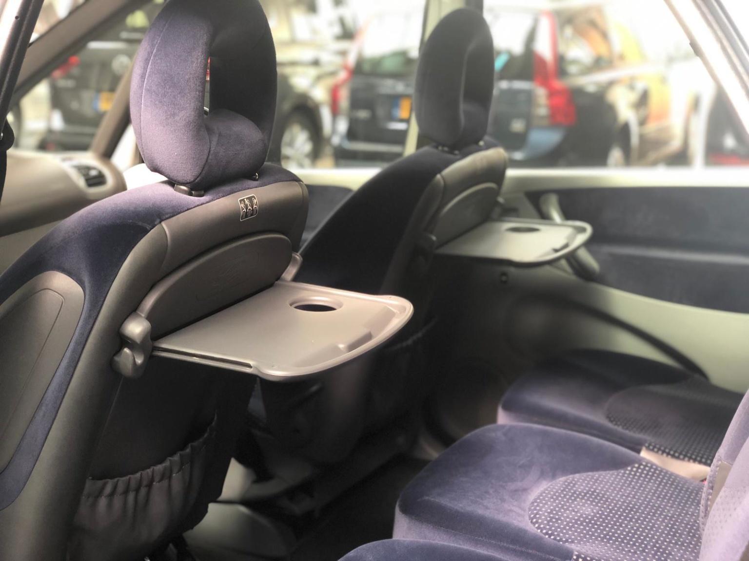 Citroën-Xsara Picasso-11