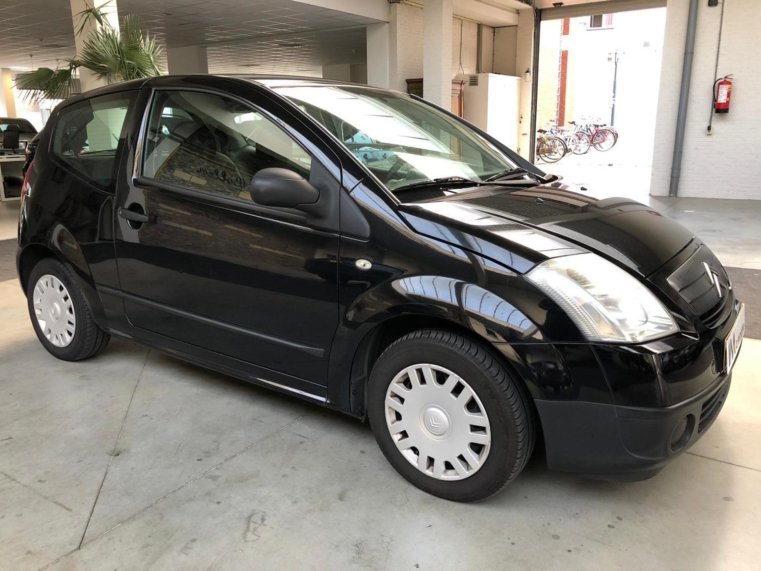 Citroën-C2-8