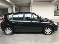 Renault-Scénic-8