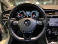 Volkswagen-Golf-14