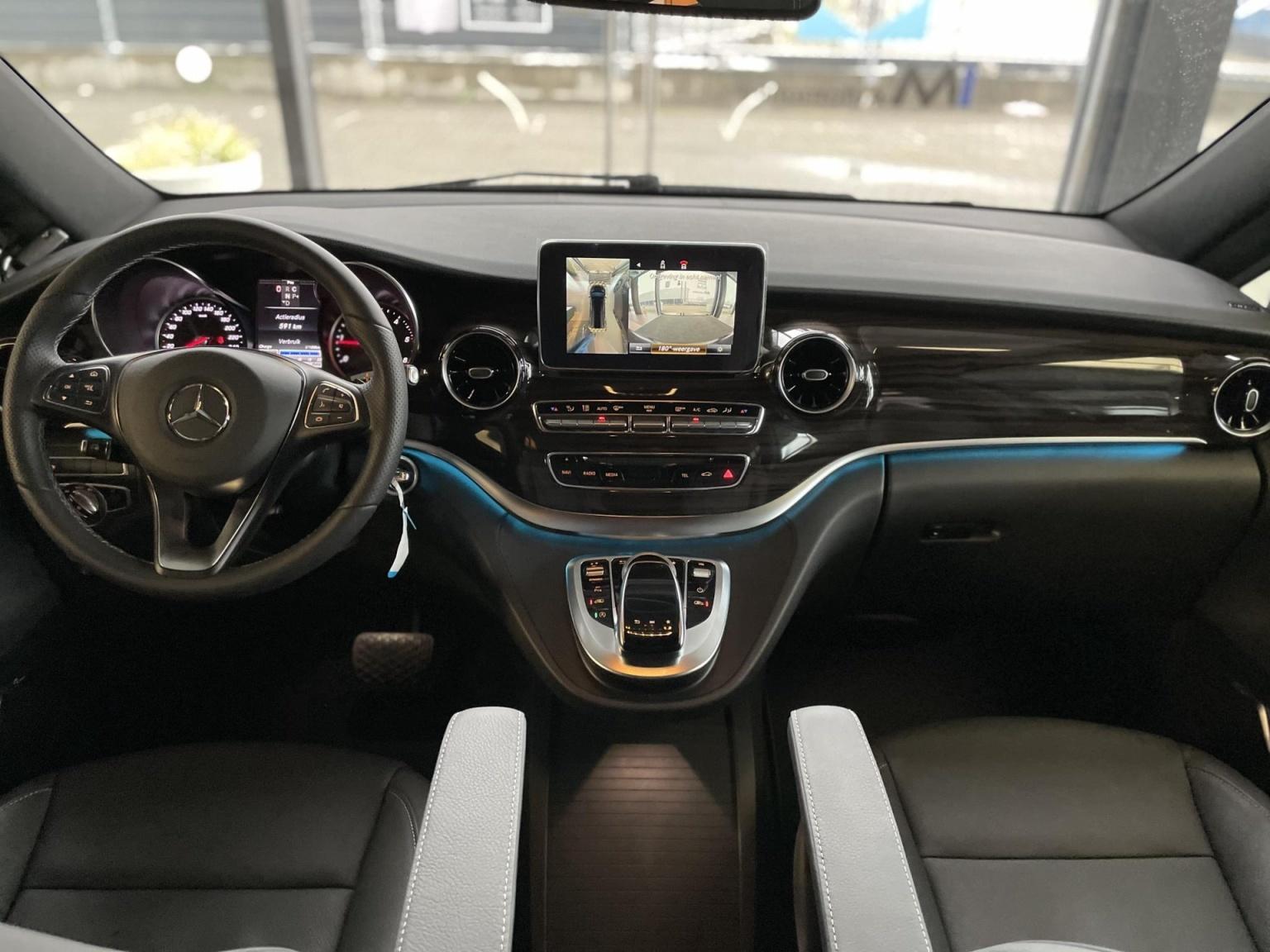 Mercedes-Benz-V-Klasse-9