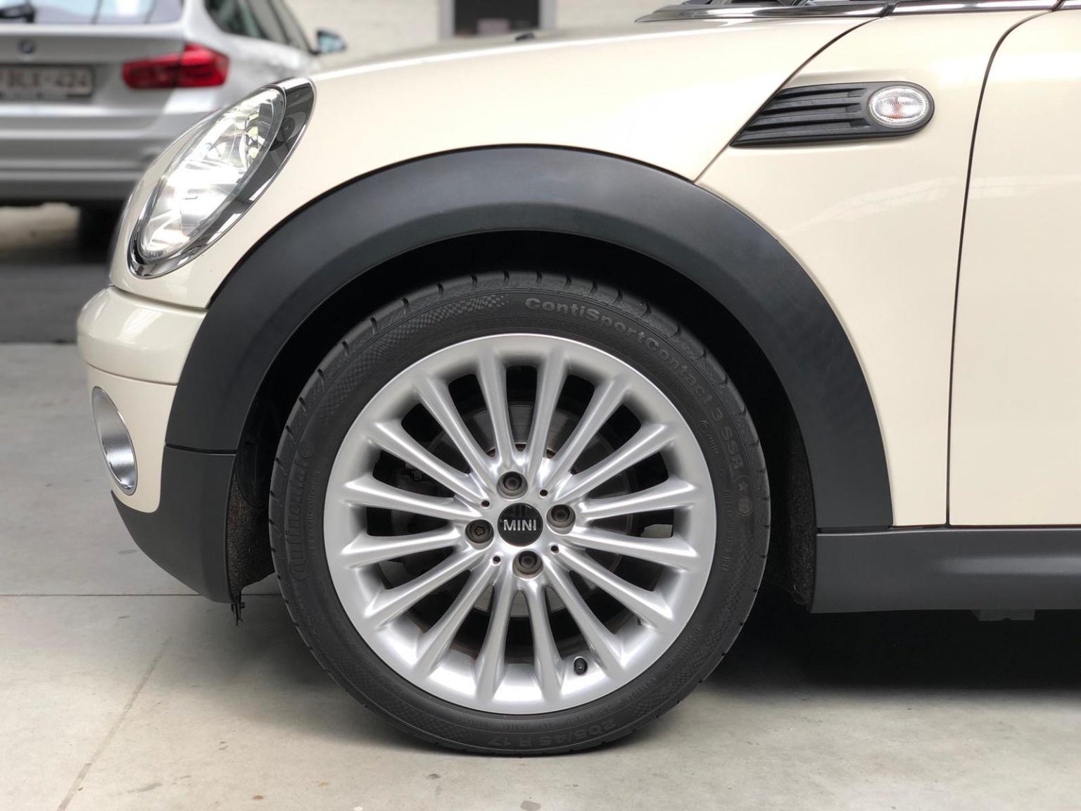 MINI-Mini-9