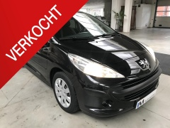 Peugeot-207-0