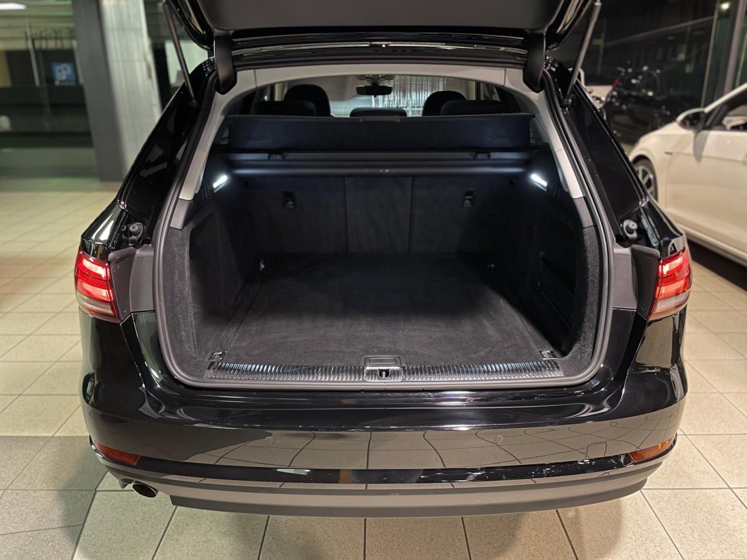 Audi-A4-15
